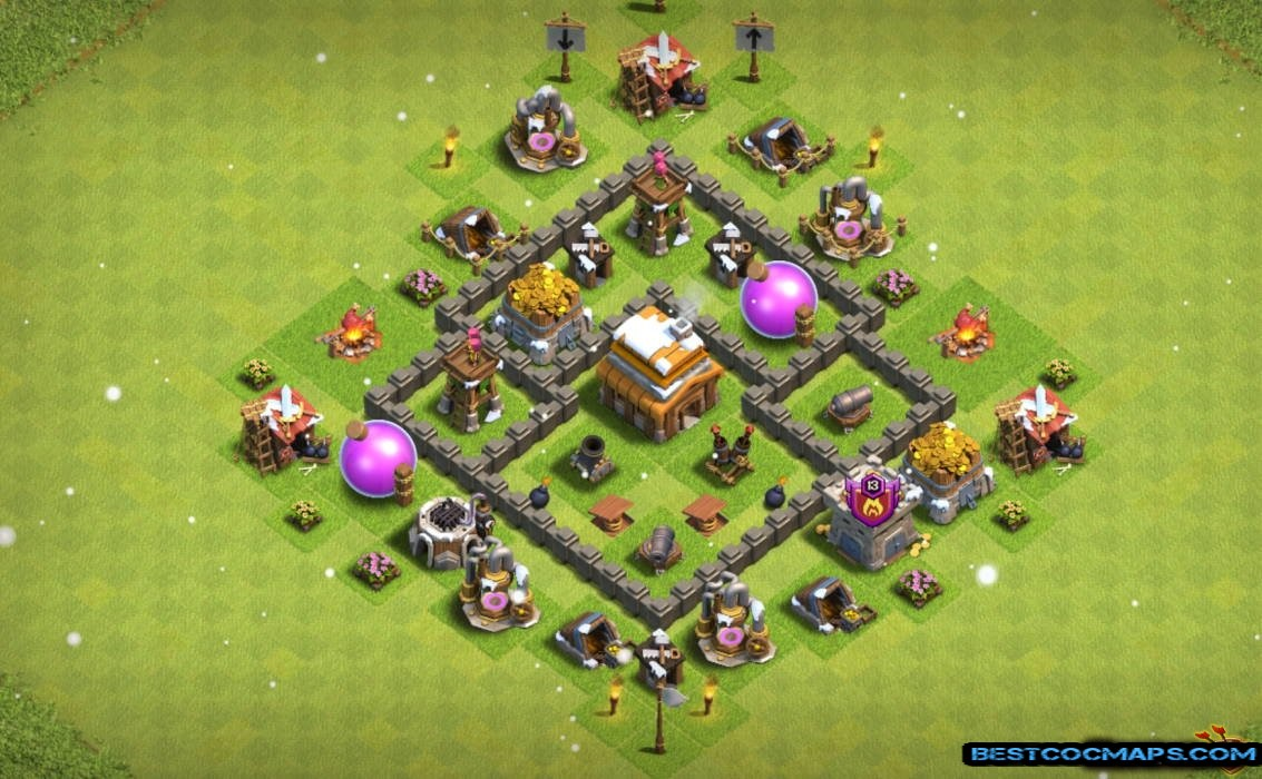 th4 war base with link